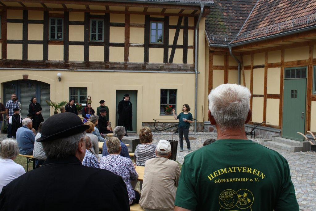 Eröffnung der Ausstellung zu Bauernkultur im Quellenhof Garbisdorf 2019.